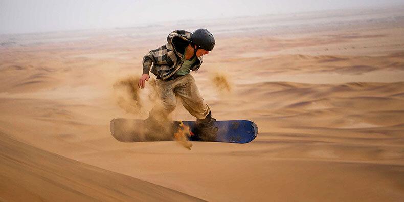 sandboarding huacachina ica
